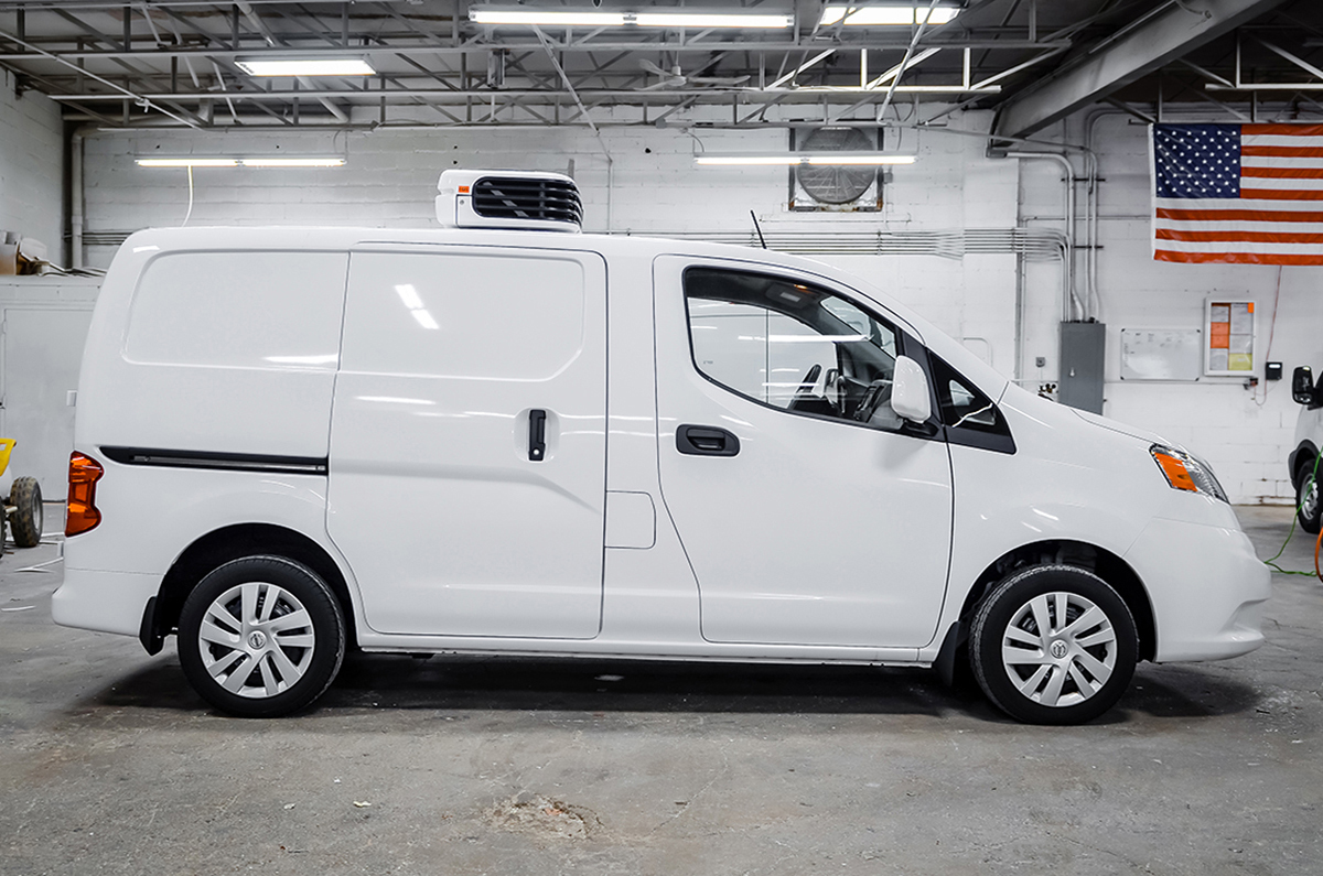 Nissan NV200 side